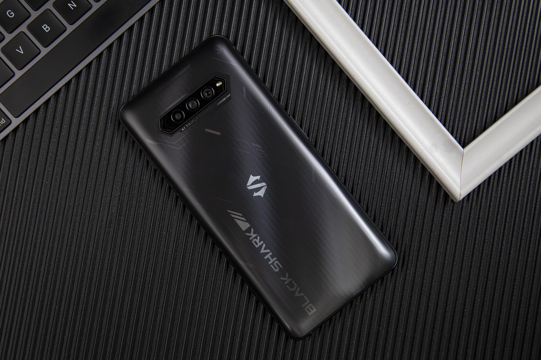 黑鲨4S Pro评测:骁龙888 Plus加持 性能火力全开